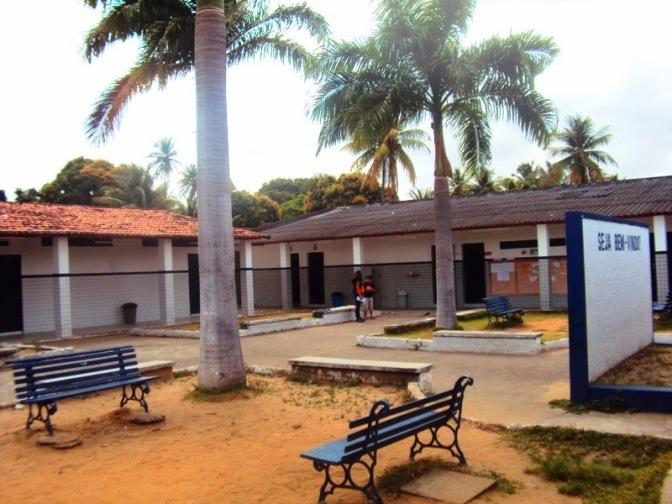 Crise econômica faz alunos de colégios particulares migrarem para escolas estaduais