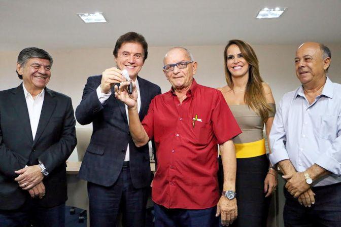 Governador lança financiamento para renovação da frota de táxis do RN