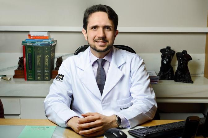 Novembro Azul: especialista alerta sobre prevenção do câncer de próstata