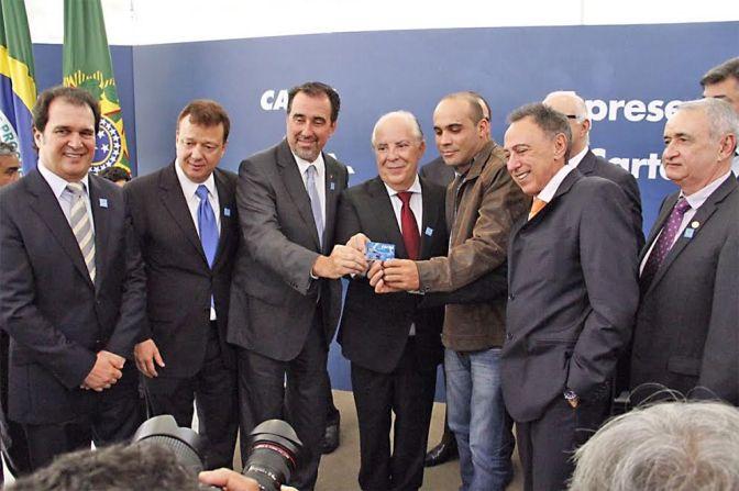 Luiz Lacerda participa do lançamento do novo Construcard em Brasília
