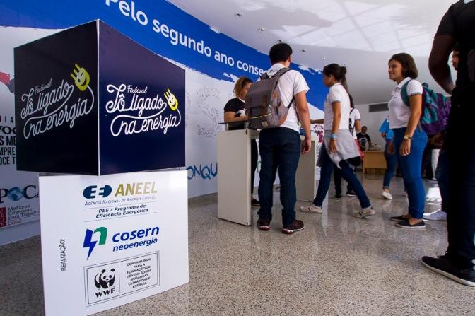 """Cosern lança festival """"Tô Ligado na Energia"""" com alunos de escolas públicas"""