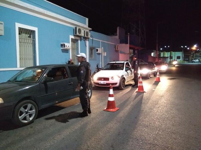 Macaíba : blitz da Polícia flagra motoristas embriagados em dia de vaquejada