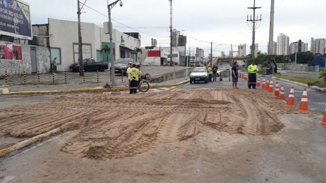 MPF quer informações sobre asfalto que desabou em Natal